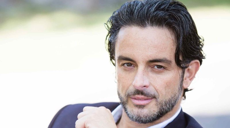 Bernard Bullen: Spain to Hollywood, Building Up His American